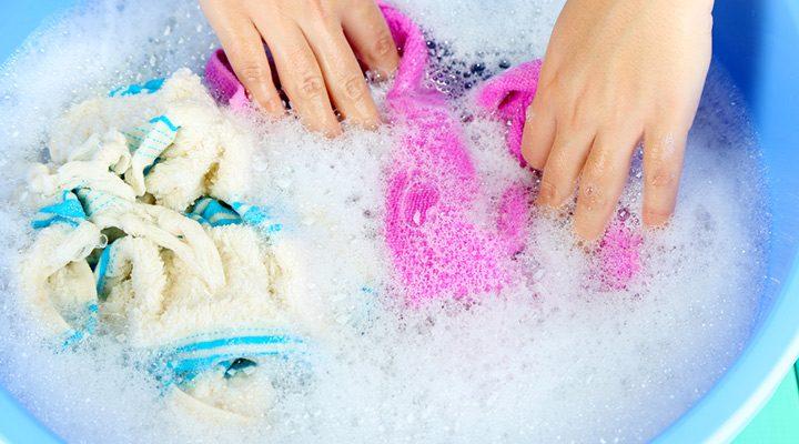 Dicas de economia de água ao lavar roupas